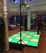 Komplet LED dansegulv, 360*240 cm. Udlagt.